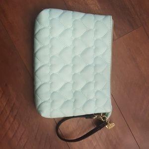 Clutch/cosmetics bag